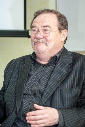 Володимир Мостовий